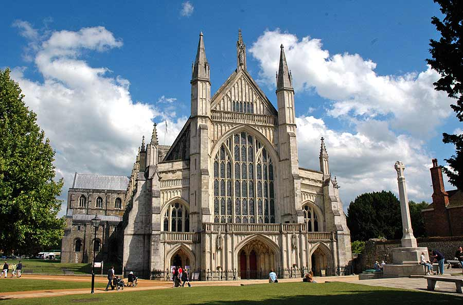Winchester cathedral learning centre