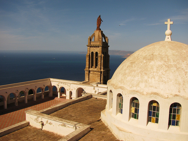 لقطات لمدينة وهران في الجزائر 49703-eglise-de-santa-cruz-oran