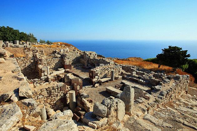 [صورة مرفقة: greece-santorini-ancient-thira6.jpg]