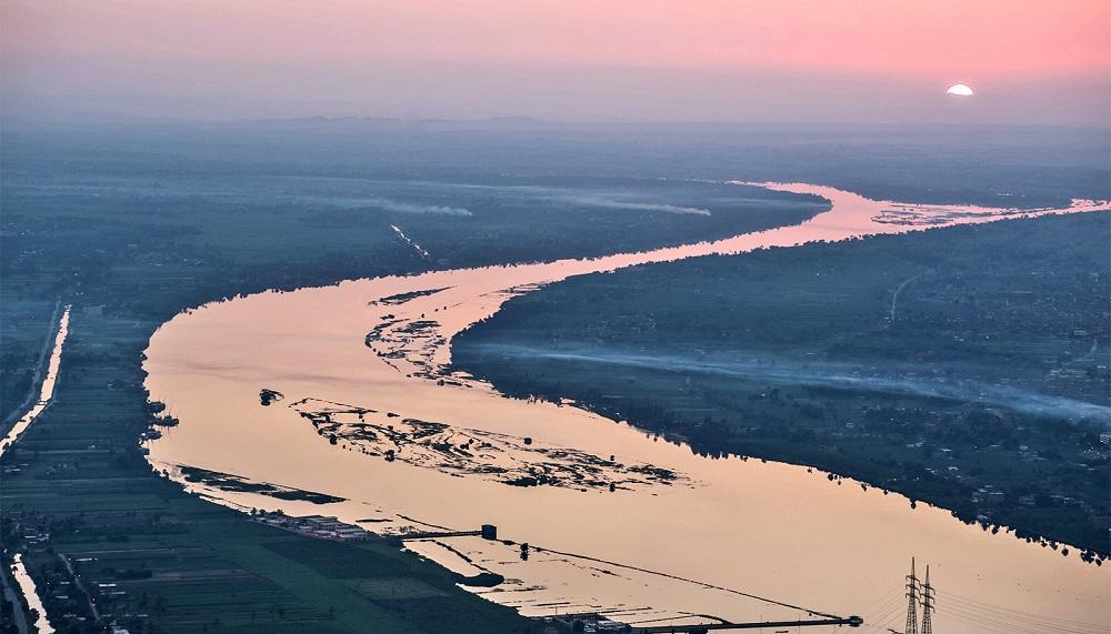 أطول نهر في العالم يلا بوك