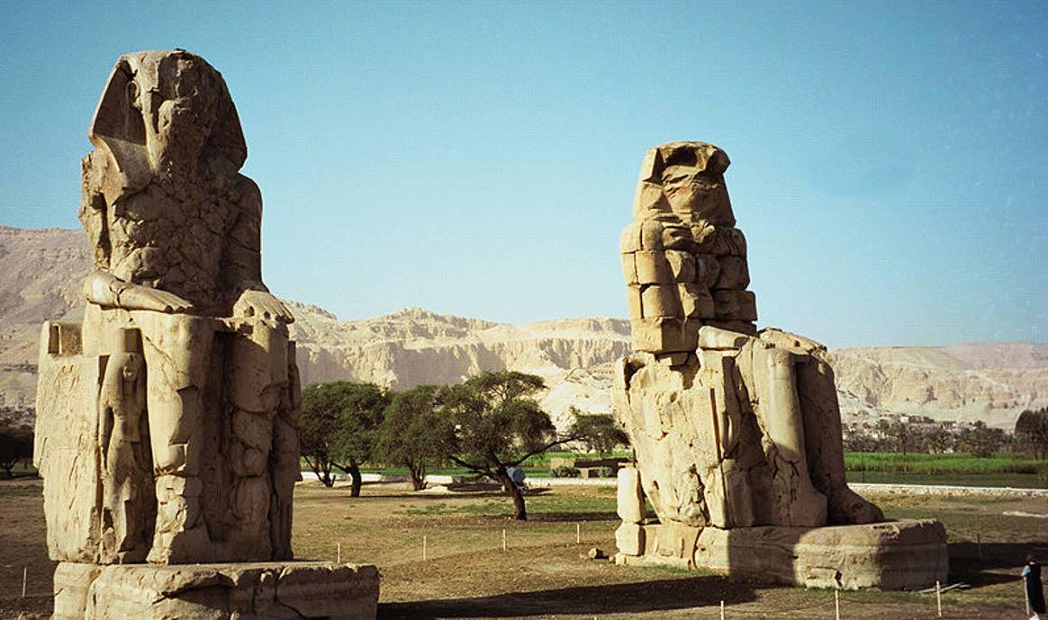 نتيجة بحث الصور عن تمثالا ممنون