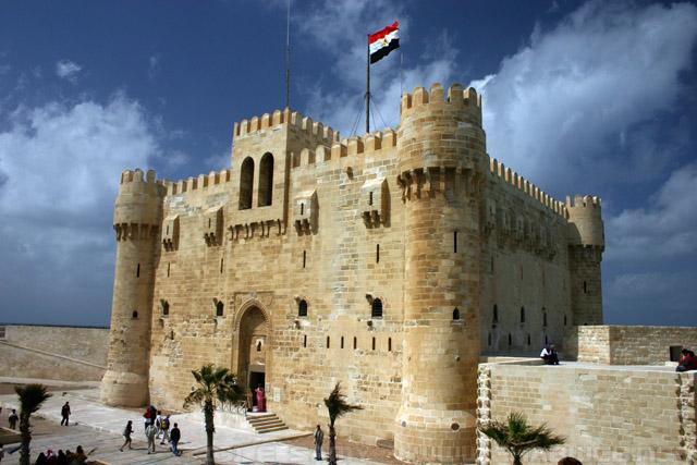 لملك قايتباي كان من أشهر الملوك الذين دخلوا الاسكندرية